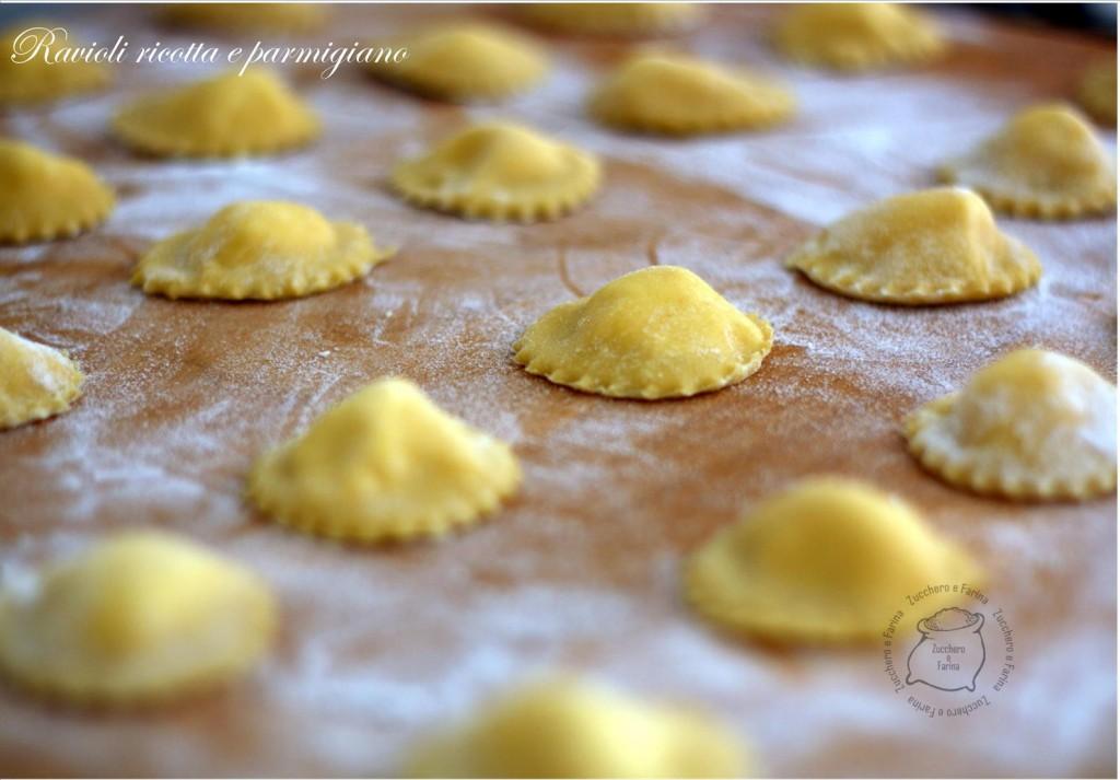 ravioli ricotta e parmigiano